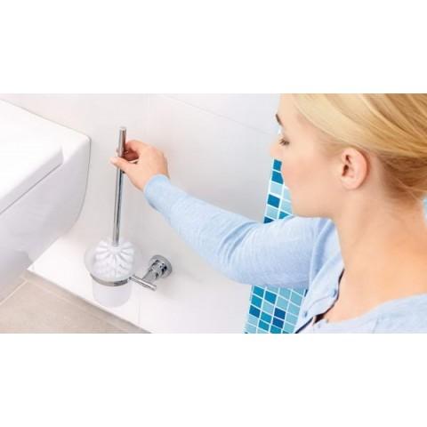 Suport autoadeziv pentru peria de toaletă tesa® Luup, metal cromat